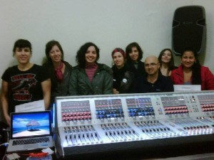 12-soundcraft-si-series-september-2013-300x225