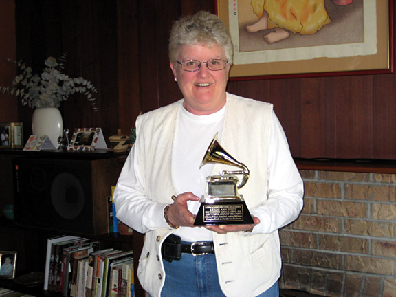 Leslie with one of her Grammys